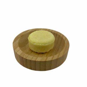 Citroen-op-bamboe-zeepplankje